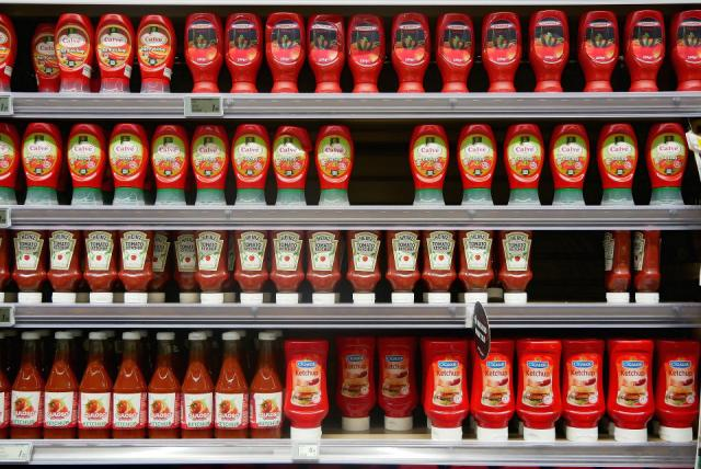Applications of conjoint analysis including shelf display for category management